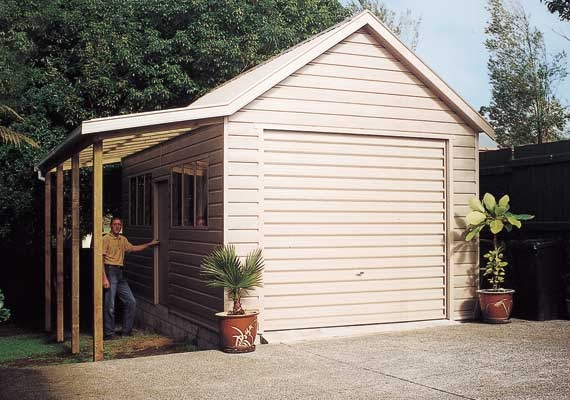 Single Garage 7.2m x 3.6m with 35 degree pitch.